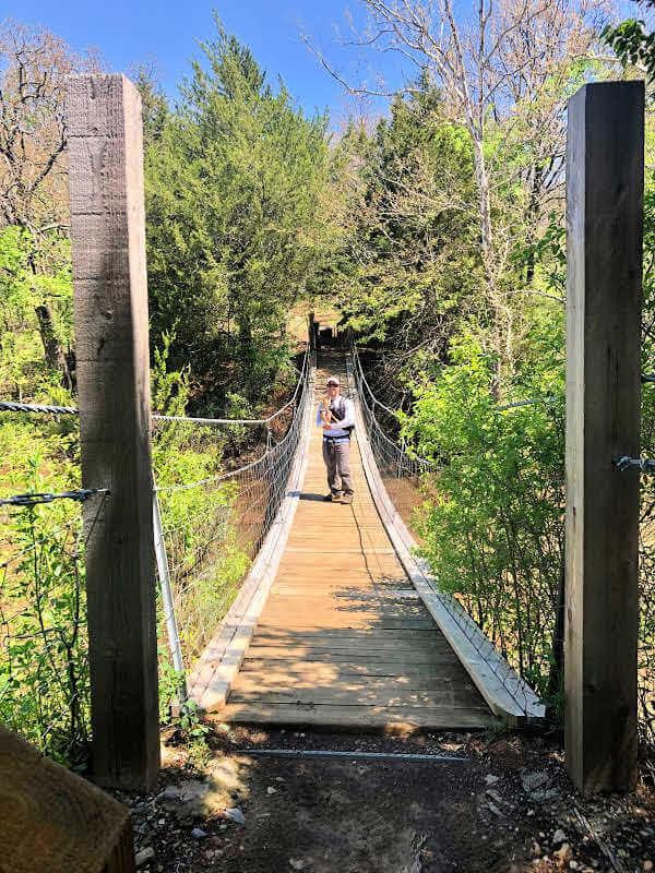 greenleaf-state-park-swinging-bridge