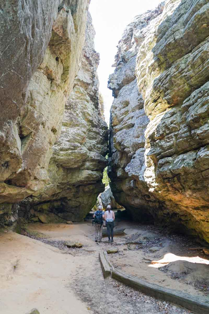 bear-rock-cave-trail